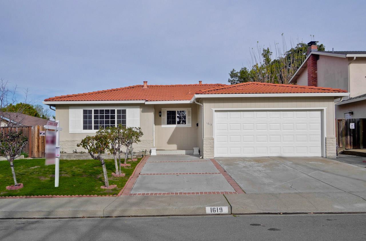 Maison unifamiliale pour l Vente à 1619 Butano Drive 1619 Butano Drive Milpitas, Californie 95035 États-Unis