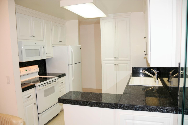 Condominio por un Venta en 1720 Halford Avenue 1720 Halford Avenue Santa Clara, California 95051 Estados Unidos