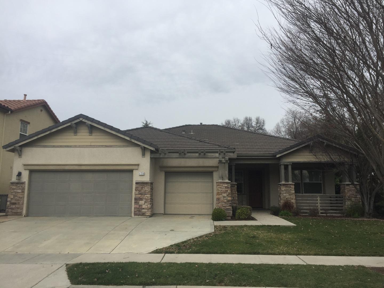 واحد منزل الأسرة للـ Sale في 1720 Chelan Road 1720 Chelan Road West Sacramento, California 95691 United States