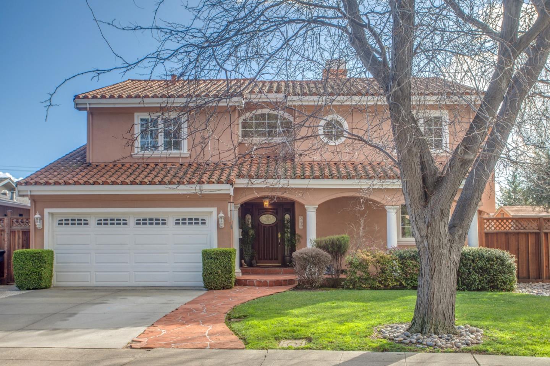 Частный односемейный дом для того Продажа на 869 Linda Vista Avenue 869 Linda Vista Avenue Mountain View, Калифорния 94043 Соединенные Штаты