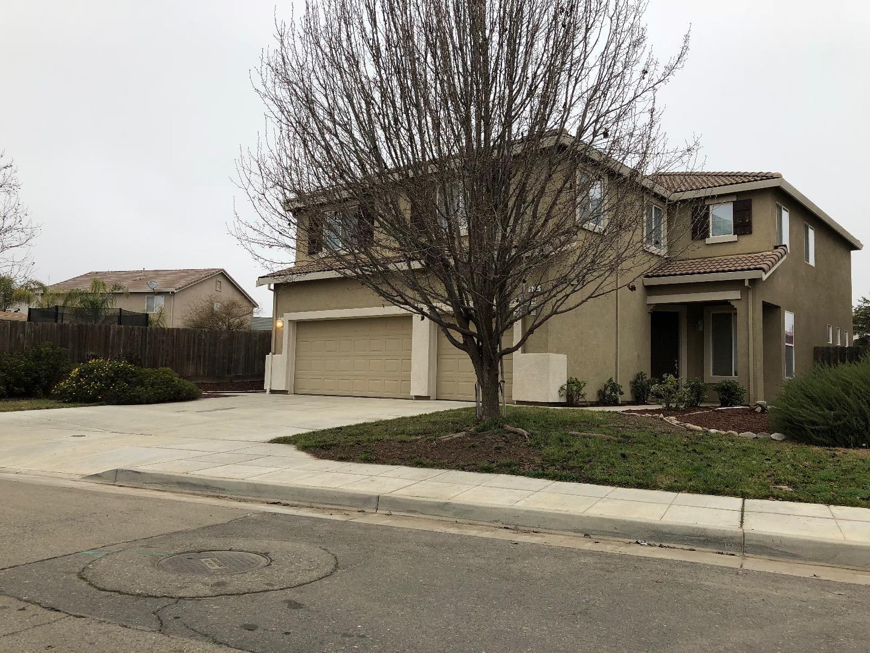 Частный односемейный дом для того Продажа на 574 Parkridge Drive 574 Parkridge Drive Chowchilla, Калифорния 93610 Соединенные Штаты