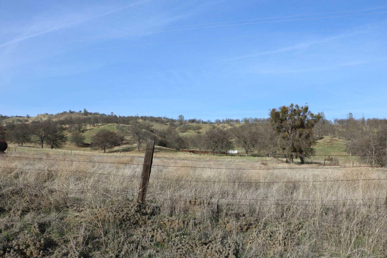 Terrain pour l Vente à 70075 Vineyard Canyon Road 70075 Vineyard Canyon Road San Miguel, Californie 93451 États-Unis