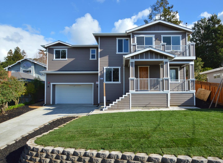 Maison unifamiliale pour l Vente à 824 Park Way 824 Park Way El Cerrito, Californie 94530 États-Unis