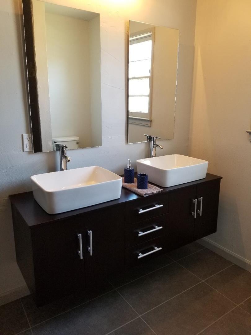 Casa Multifamiliar por un Venta en 121 & 123 W 20th Street 121 & 123 W 20th Street Merced, California 95340 Estados Unidos