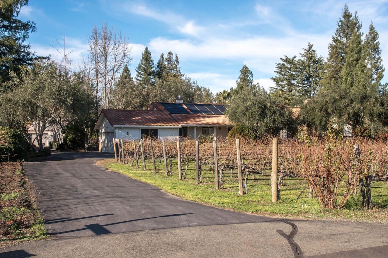 Single Family Home for Rent at 1800 Cabernet Lane 1800 Cabernet Lane St. Helena, California 94574 United States