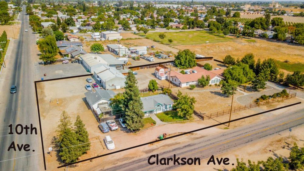 Einfamilienhaus für Verkauf beim 520 10th Avenue 520 10th Avenue Kingsburg, Kalifornien 93631 Vereinigte Staaten