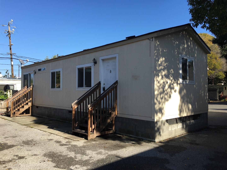 Mehrfamilienhaus für Verkauf beim 1893 Woodland #9, #10, #11, #12 Avenue 1893 Woodland #9, #10, #11, #12 Avenue East Palo Alto, Kalifornien 94303 Vereinigte Staaten