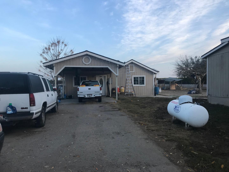 Mehrfamilienhaus für Verkauf beim 10010 Avenue 392 10010 Avenue 392 Dinuba, Kalifornien 93618 Vereinigte Staaten