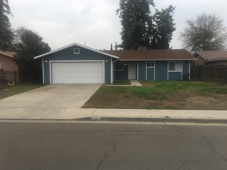 Casa Unifamiliar por un Venta en 1941 W Clinton Avenue 1941 W Clinton Avenue Visalia, California 93291 Estados Unidos