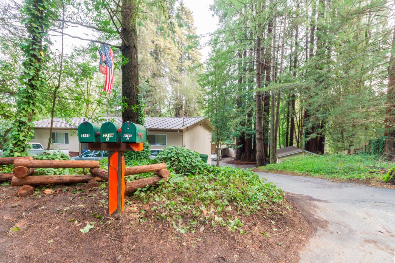 Многосемейный дом для того Продажа на 5386 Highway 9 5386 Highway 9 Felton, Калифорния 95018 Соединенные Штаты