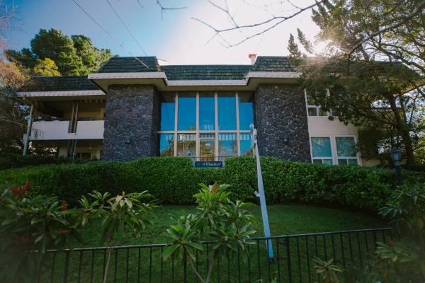 Appartement en copropriété pour l Vente à 257 Arlington Road 257 Arlington Road Redwood City, Californie 94062 États-Unis