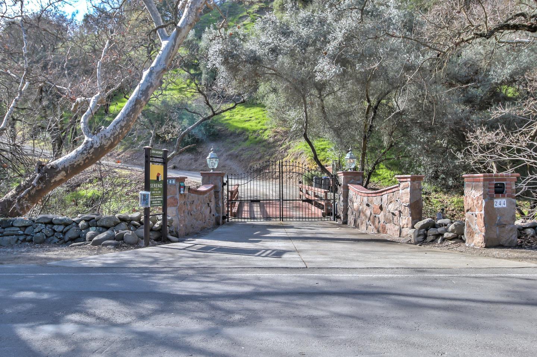 一戸建て のために 売買 アット 244 Kilkare Road 244 Kilkare Road Sunol, カリフォルニア 94586 アメリカ合衆国