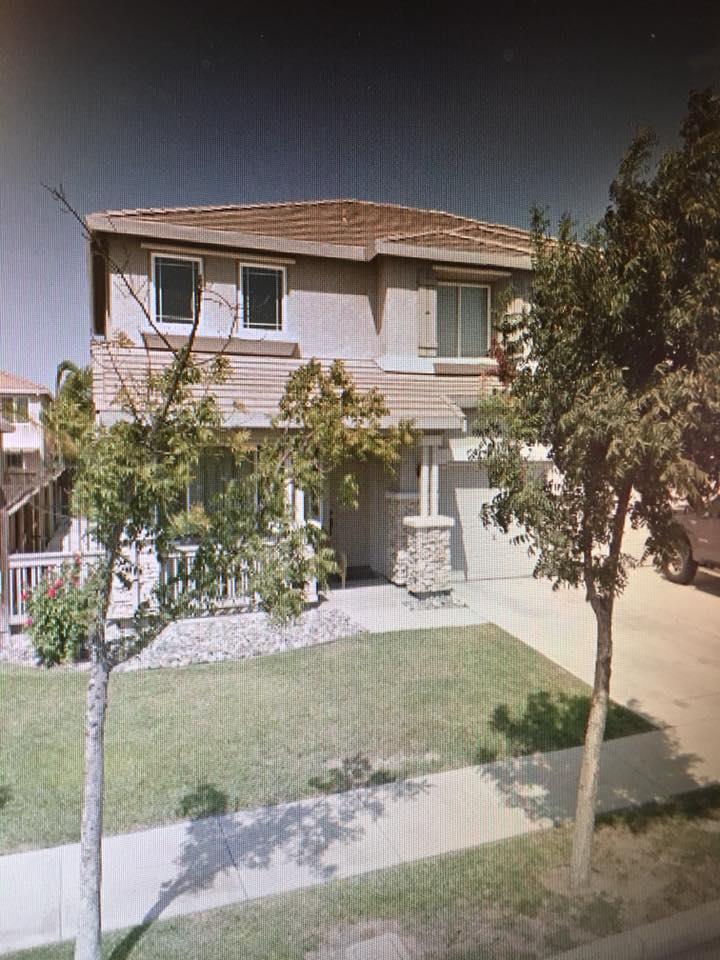 Частный односемейный дом для того Продажа на 2276 Palermo Drive 2276 Palermo Drive Los Banos, Калифорния 93635 Соединенные Штаты