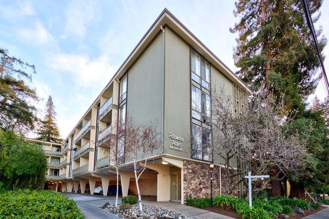 Appartement en copropriété pour l Vente à 1614 Hudson Street 1614 Hudson Street Redwood City, Californie 94061 États-Unis