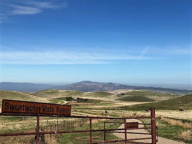 Частный односемейный дом для того Продажа на 31900 Hudson Ranch Road 31900 Hudson Ranch Road Maricopa, Калифорния 93252 Соединенные Штаты