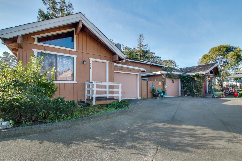 Mehrfamilienhaus für Verkauf beim 717 30th Avenue 717 30th Avenue Santa Cruz, Kalifornien 95062 Vereinigte Staaten