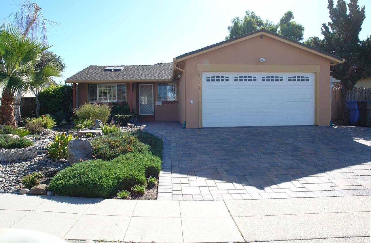 واحد منزل الأسرة للـ Sale في 1230 Traughber Street 1230 Traughber Street Milpitas, California 95035 United States