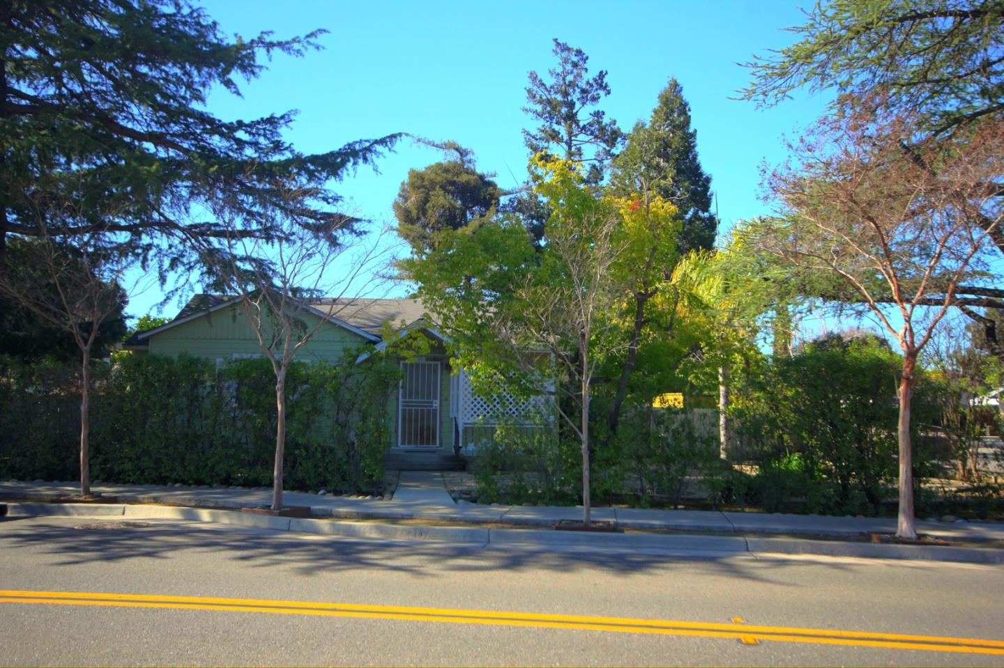 Single Family Home for Sale at 1113 S San Tomas Aquino Road 1113 S San Tomas Aquino Road Campbell, California 95008 United States