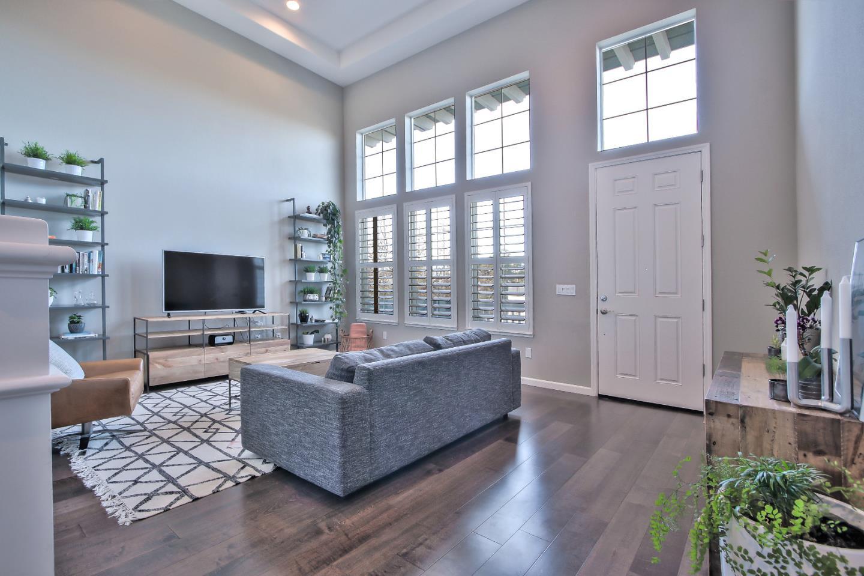 Appartement en copropriété pour l Vente à 630 Bair Island Road 630 Bair Island Road Redwood City, Californie 94063 États-Unis