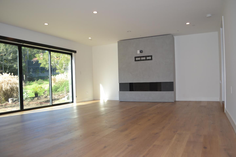 Частный односемейный дом для того Аренда на 1575 Wedgewood 1575 Wedgewood Hillsborough, Калифорния 94010 Соединенные Штаты
