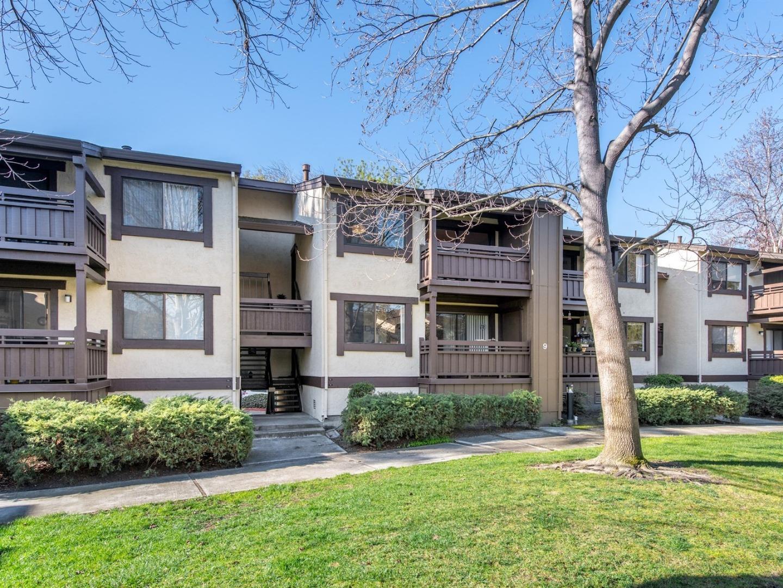 شقة بعمارة للـ Sale في 765 San Antonio Road 765 San Antonio Road Palo Alto, California 94303 United States