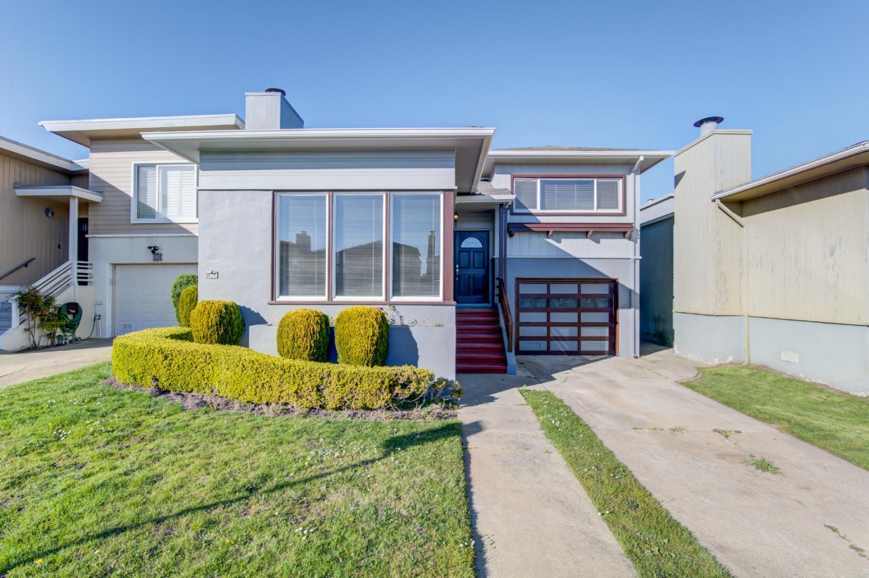 Maison unifamiliale pour l Vente à 84 Maywood Avenue 84 Maywood Avenue Daly City, Californie 94015 États-Unis