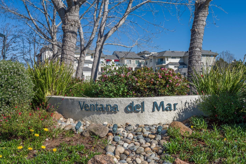 Appartement en copropriété pour l Vente à 501 Baltic Circle 501 Baltic Circle Redwood City, Californie 94065 États-Unis