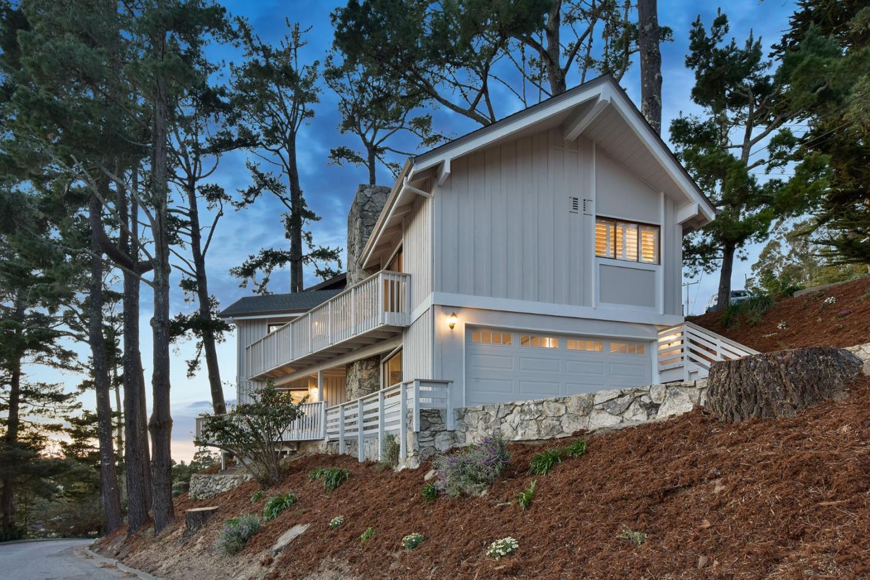 Casa Unifamiliar por un Venta en 101 Del Monte Road 101 Del Monte Road El Granada, California 94019 Estados Unidos