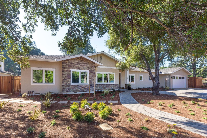 Einfamilienhaus für Verkauf beim 428 Hawthorne Avenue 428 Hawthorne Avenue Los Altos, Kalifornien 94024 Vereinigte Staaten