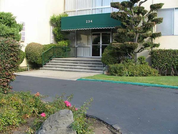 Eigentumswohnung für Verkauf beim 234 Elm Street 234 Elm Street San Mateo, Kalifornien 94401 Vereinigte Staaten