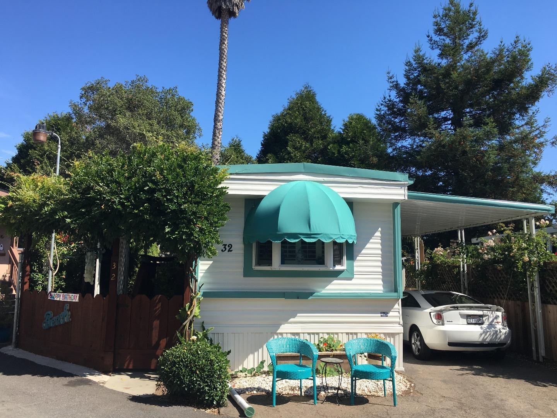 一戸建て のために 売買 アット 930 Rosedale Avenue 930 Rosedale Avenue Capitola, カリフォルニア 95010 アメリカ合衆国