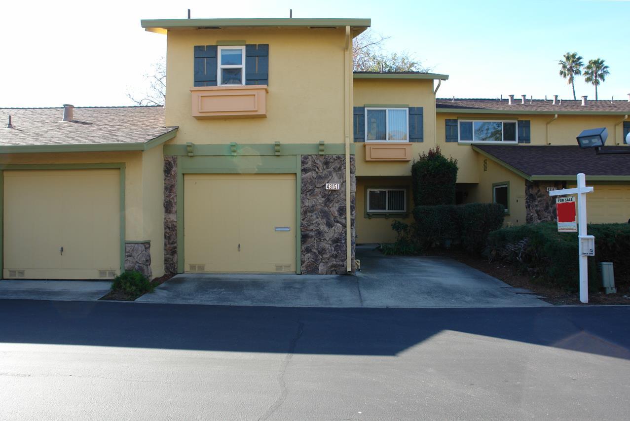 Maison accolée pour l Vente à 43151 Washington Common 43151 Washington Common Fremont, Californie 94539 États-Unis