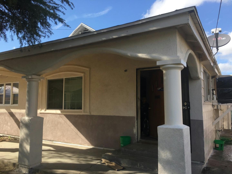 Частный односемейный дом для того Продажа на 355 E Pleasant 355 E Pleasant Coalinga, Калифорния 93210 Соединенные Штаты