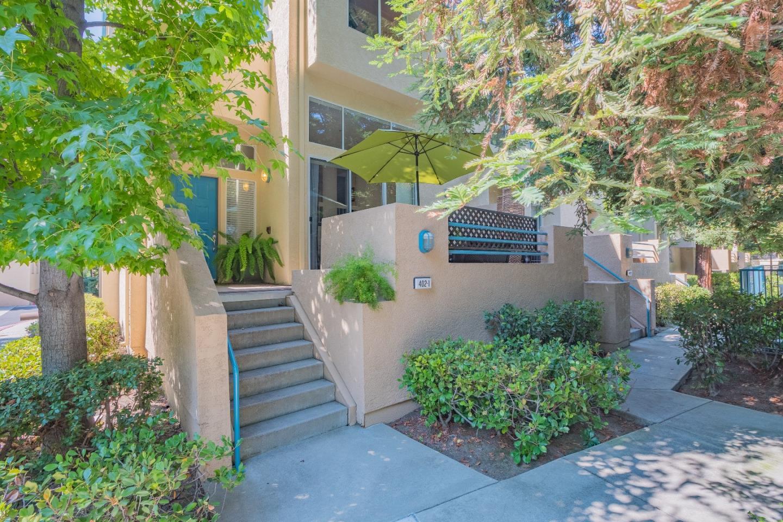 شقة بعمارة للـ Sale في 402 Galleria Drive 402 Galleria Drive San Jose, California 95134 United States