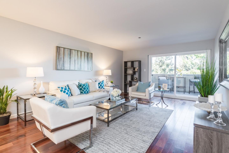 Appartement en copropriété pour l Vente à 1090 Main Street 1090 Main Street Redwood City, Californie 94063 États-Unis