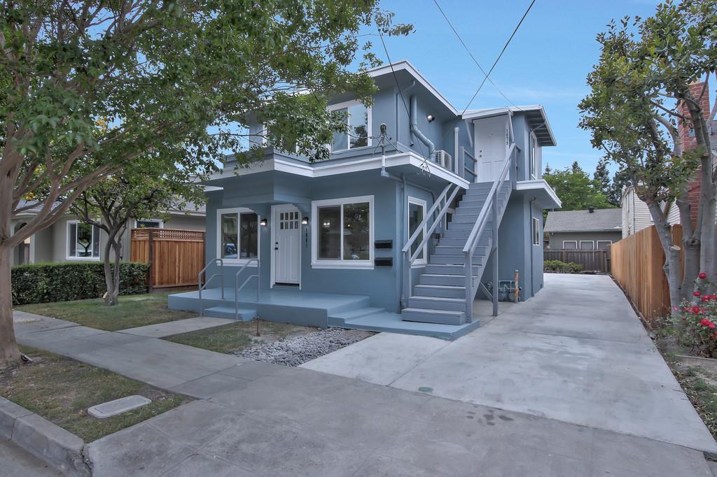 多戶家庭房屋 為 出售 在 1081 Portola Avenue 1081 Portola Avenue Santa Clara, 加利福尼亞州 95050 美國