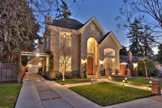 獨棟家庭住宅 為 出售 在 1008 Laurie Avenue 1008 Laurie Avenue San Jose, 加利福尼亞州 95125 美國