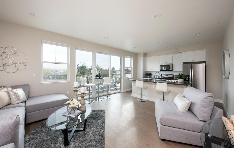 شقة بعمارة للـ Rent في 2305 S Winchester 2305 S Winchester Campbell, California 95008 United States