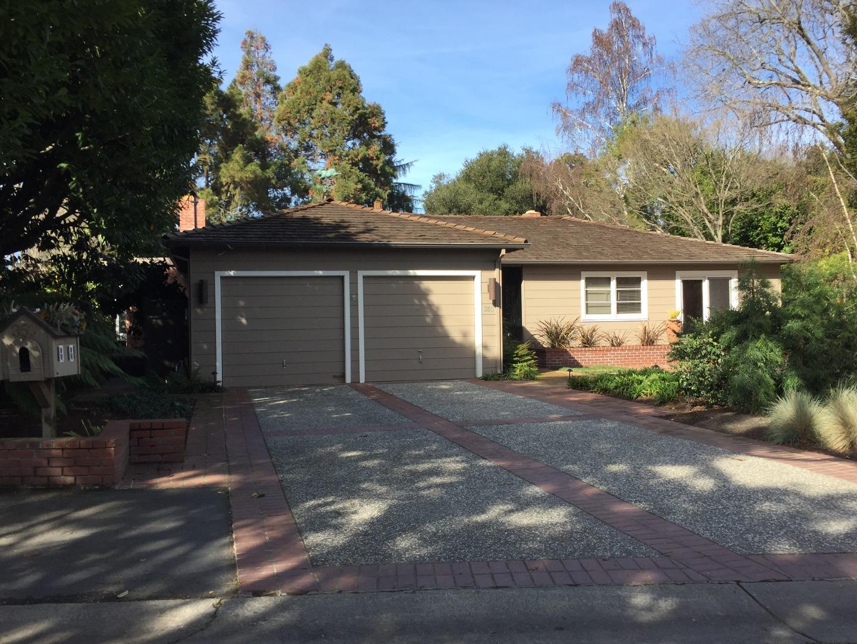 Casa Unifamiliar por un Alquiler en 350 Felton Drive 350 Felton Drive Menlo Park, California 94025 Estados Unidos