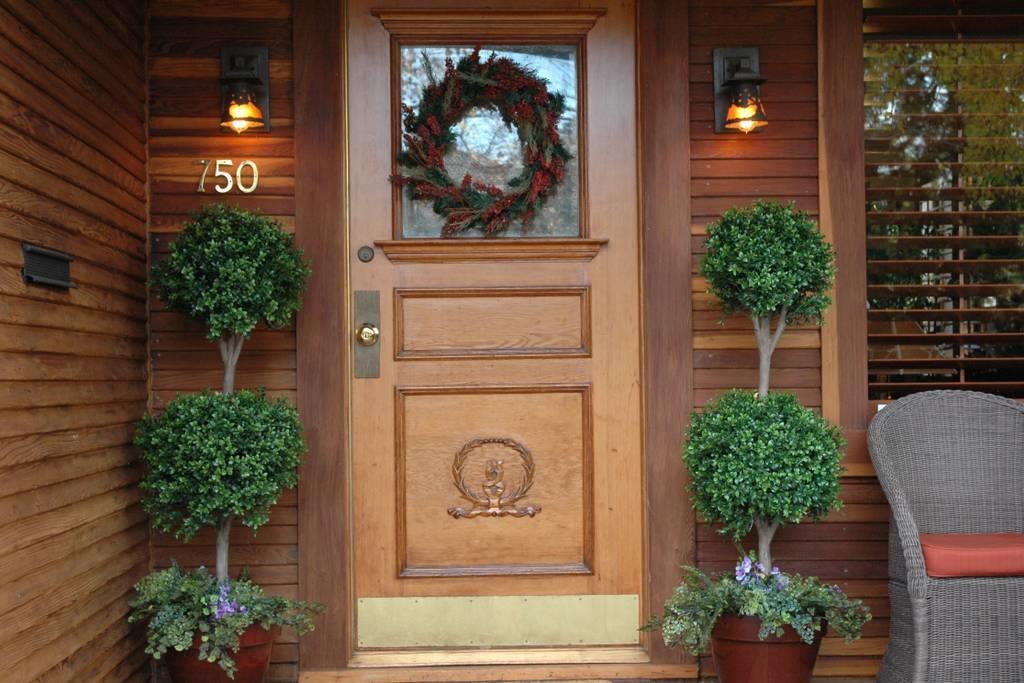 Частный односемейный дом для того Аренда на 750 Channing Avenue 750 Channing Avenue Palo Alto, Калифорния 94301 Соединенные Штаты