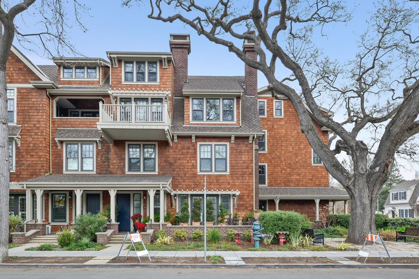 Condominium for Rent at 325 Channing Avenue 325 Channing Avenue Palo Alto, California 94301 United States