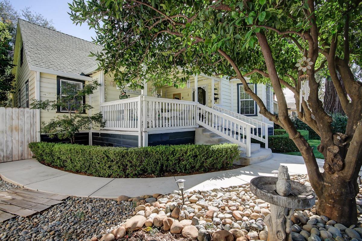 Single Family Home for Sale at 811 Mormon Street 811 Mormon Street Folsom, California 95630 United States
