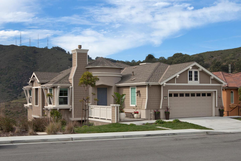 獨棟家庭住宅 為 出售 在 139 Elderberry Lane 139 Elderberry Lane Brisbane, 加利福尼亞州 94005 美國
