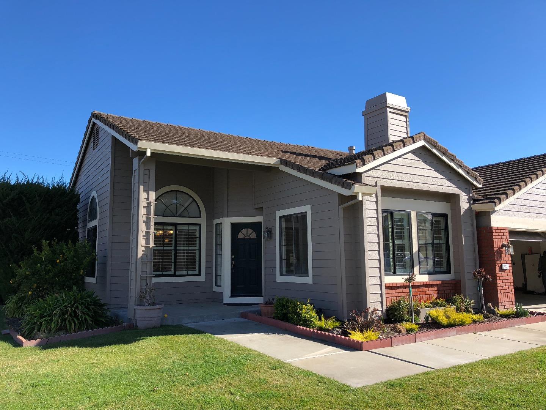 Casa Unifamiliar por un Alquiler en 20325 Espana Court 20325 Espana Court Salinas, California 93908 Estados Unidos