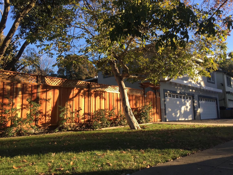 多戶家庭房屋 為 出售 在 1014 Madera Avenue 1014 Madera Avenue Menlo Park, 加利福尼亞州 94025 美國