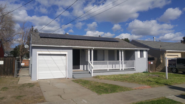 Частный односемейный дом для того Продажа на 330 W Madill Street 330 W Madill Street Antioch, Калифорния 94509 Соединенные Штаты