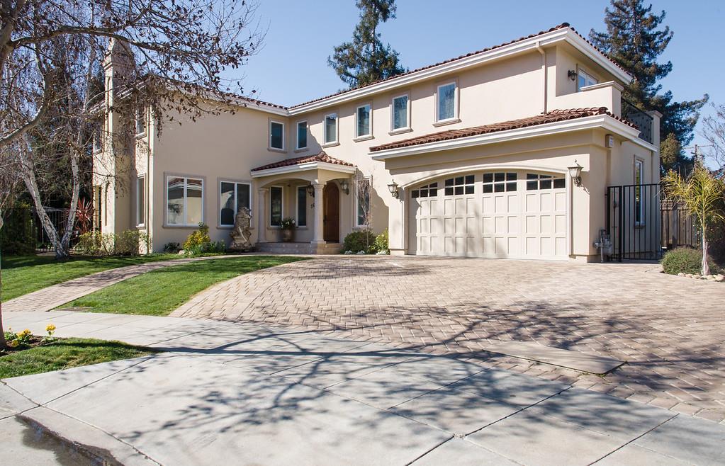 Single Family Home for Sale at 560 Glenbrook Drive 560 Glenbrook Drive Palo Alto, California 94306 United States