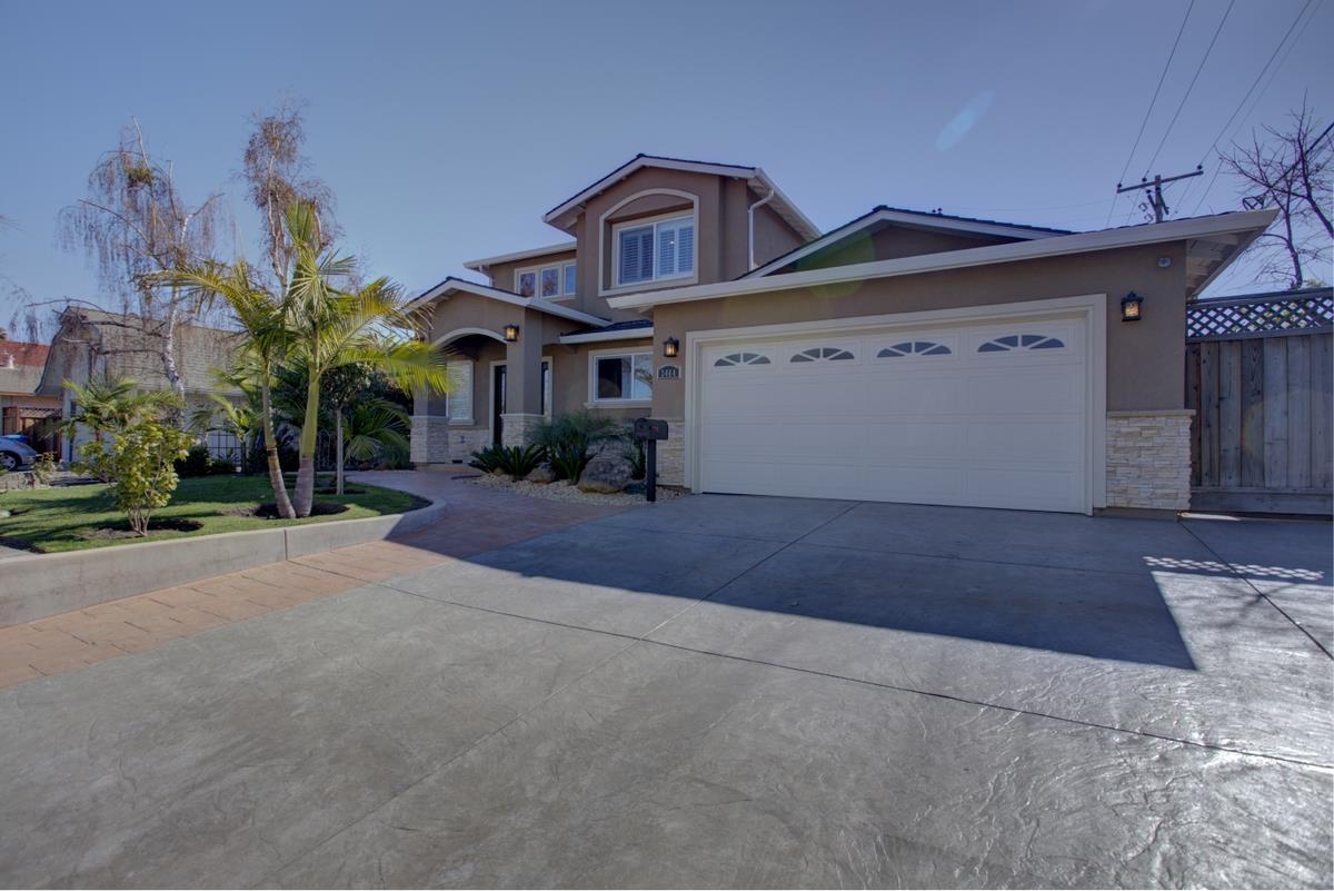 獨棟家庭住宅 為 出售 在 3464 Notre Dame Drive 3464 Notre Dame Drive Santa Clara, 加利福尼亞州 95051 美國