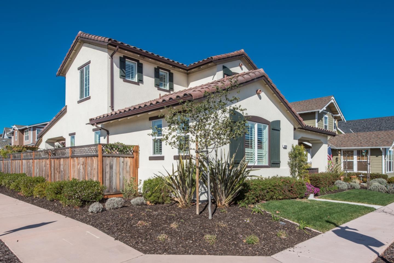 Maison unifamiliale pour l Vente à 18270 Caldwell Street 18270 Caldwell Street Marina, Californie 93933 États-Unis