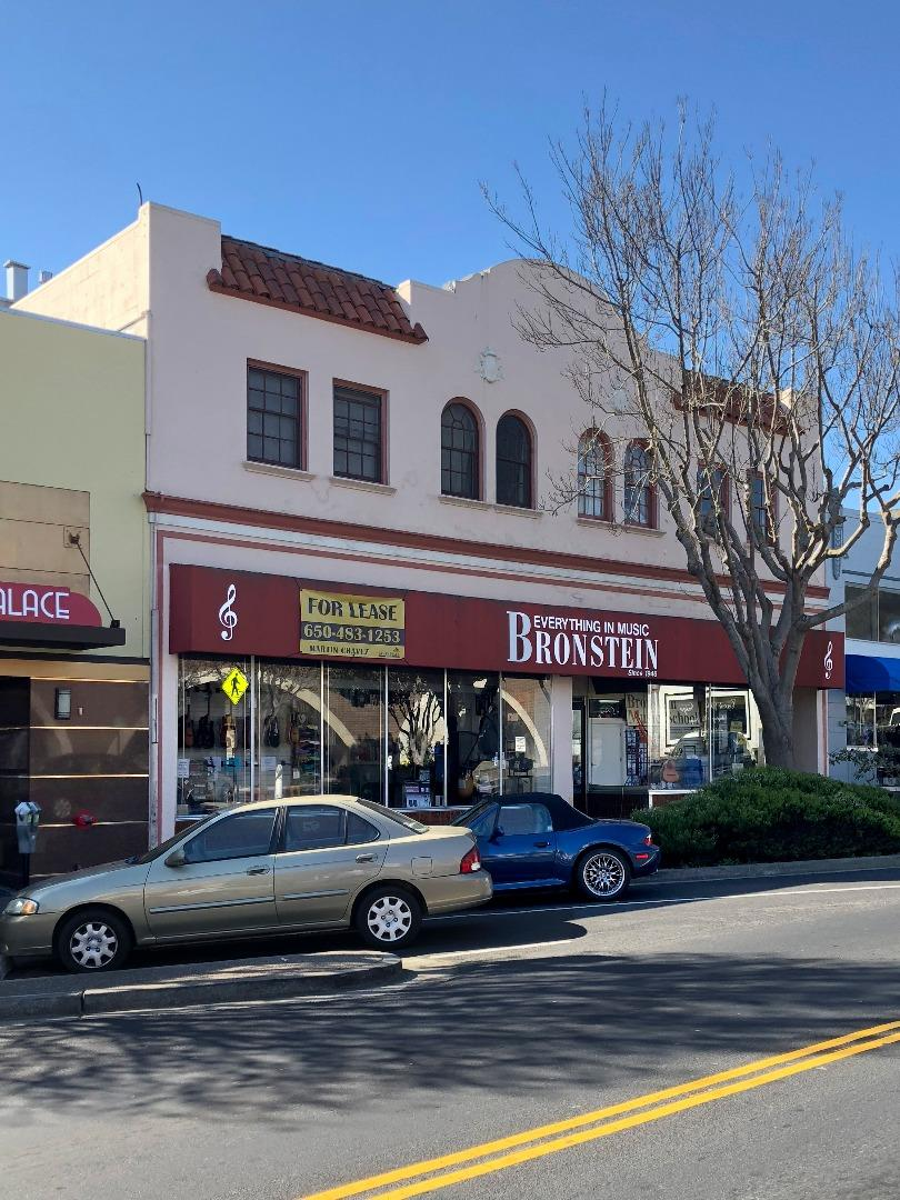 Casa Multifamiliar por un Venta en 363 Grand Avenue 363 Grand Avenue South San Francisco, California 94080 Estados Unidos